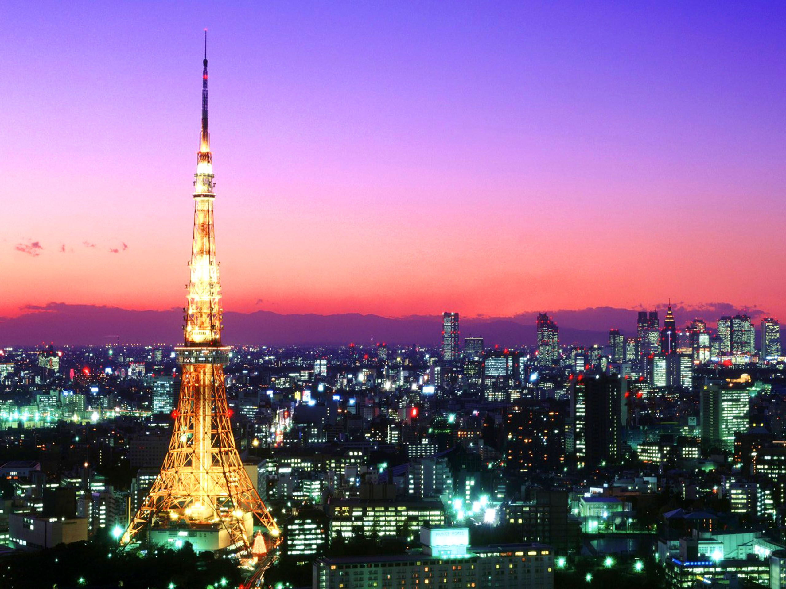 w-東京タワーや六本木