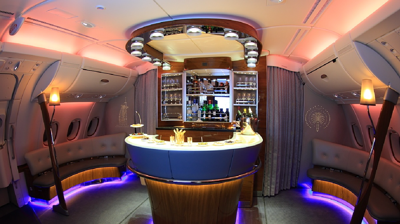 Emirates-Airlines_A380-Bar_1.2_Large_1369x768