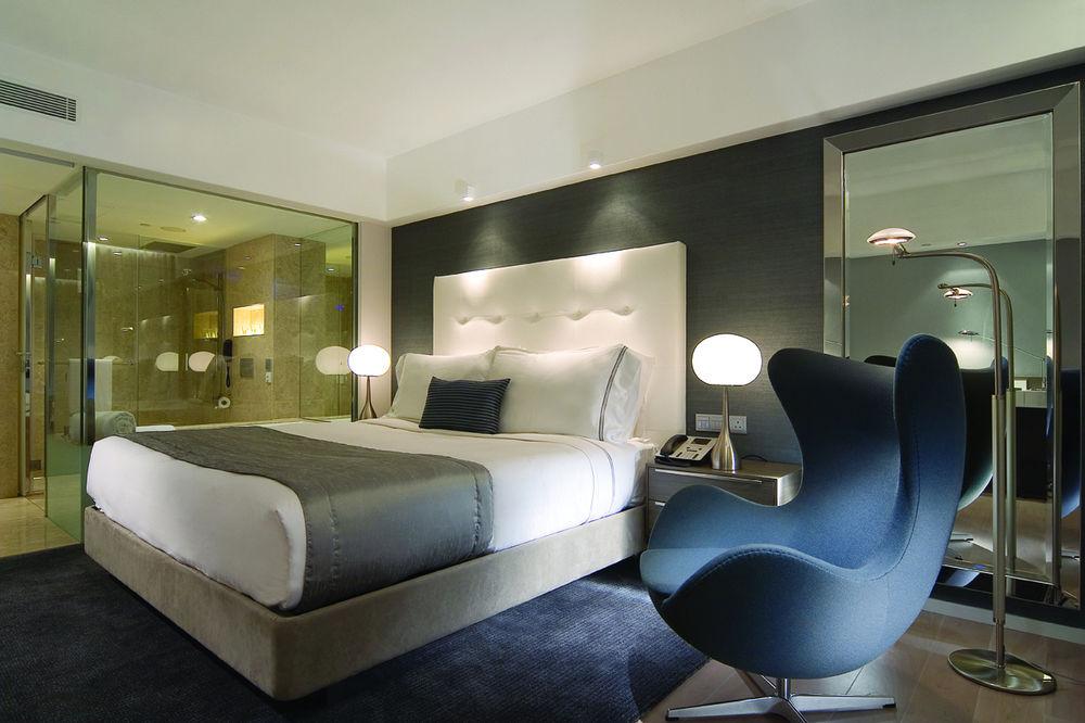 room-hk-mira