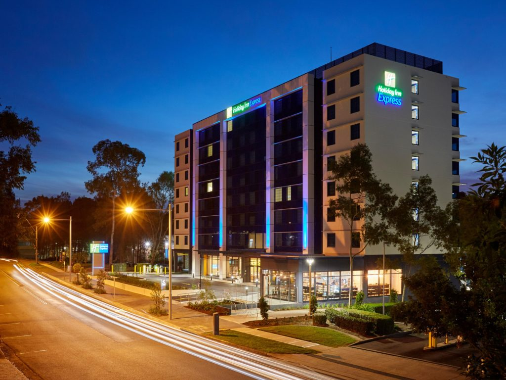 holiday-inn-express-sydney-macquarie-1