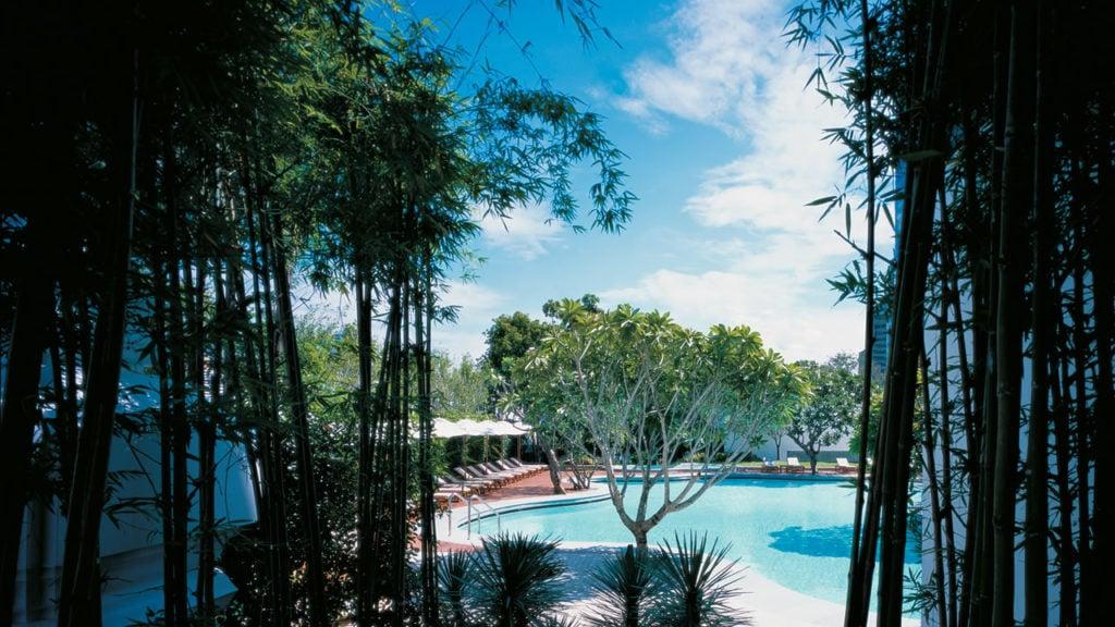 grand-hyatt-bangkok-pool-view-thumbnail